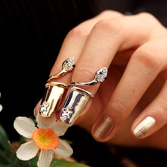太妃糖 星光小蛇造型指尖戒指(2色一組)