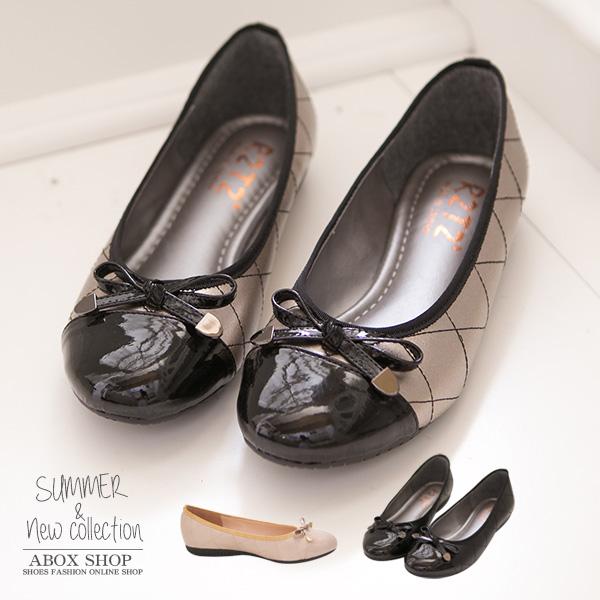 格子舖*【KIW131】MIT台灣製 摩登格菱紋車線雷射金屬亮皮 平底包鞋 3色