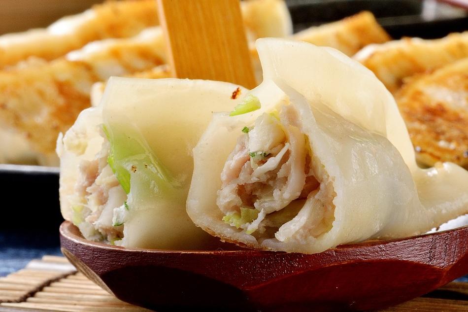 家鄉蒸餃 - 每日限量 高麗菜鮮肉鍋貼50顆