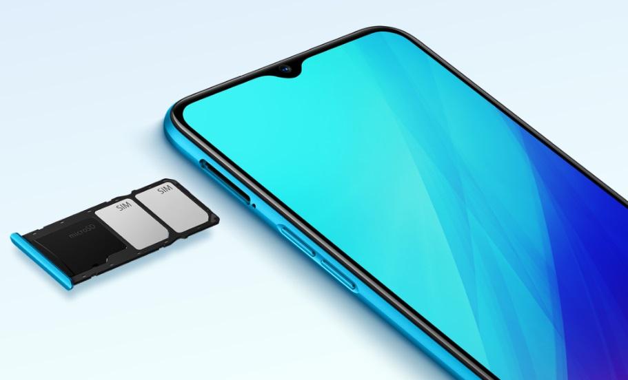 支援雙nano-SIM卡與獨立記憶卡三卡槽,MicroSD記憶卡容量最大支援至256GB。