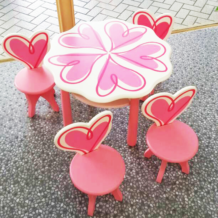 [首雅傢俬] 迪士尼 公主 一桌三椅 展品 兒童桌 兒童椅 兒童 家具 小桌椅