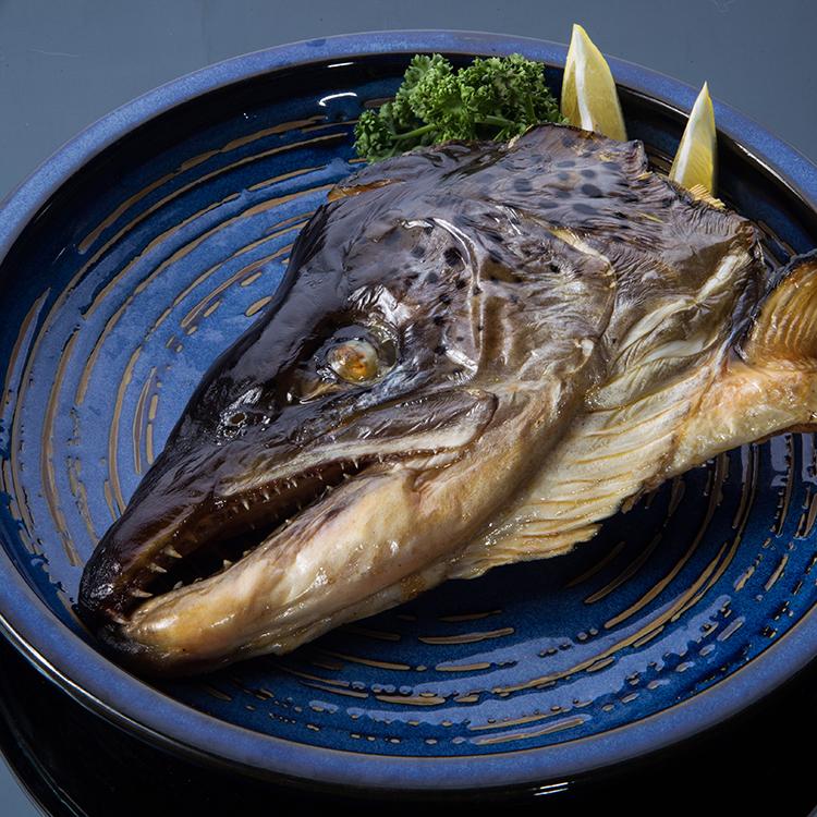 【賣漁人家】首選鮭魚頭剖半 重量 : 450克以上 / 半顆