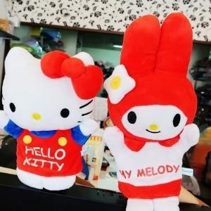 美麗大街【105101205】HELLO KITTY 美樂蒂 造型手偶 娃娃 公仔
