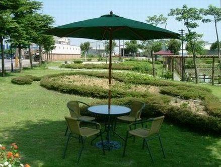 藤椅- 兄弟牌PE藤椅一桌四椅組(含綠色傘及12KG傘座)BROTHER戶外休閒傢俱