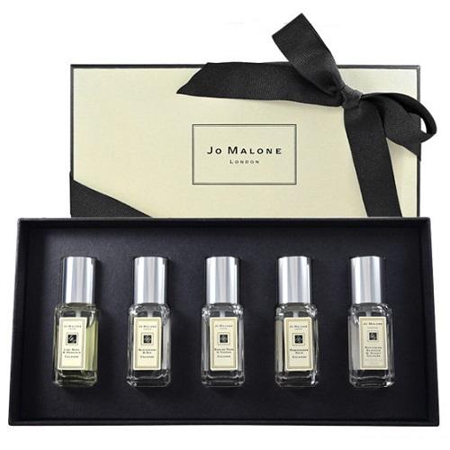 送女友聖誕交換禮物到聖誕香水及擴香