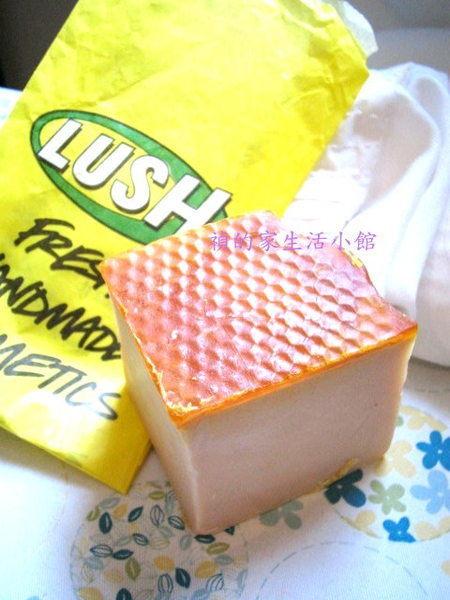 *Realhome*英國手工香芬名牌 LUSH ~焦糖布丁手工皂135g