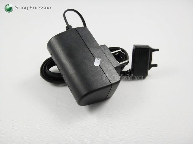 SonyEricsson 原廠旅充CST-75 W950i/W980i/W880i/K810i/W995/C901/C903/W508/Z610i