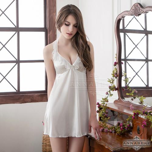 愛的蔓延 大尺碼Annabery繞頸荷葉領雪白柔緞睡衣 性感睡衣 情趣睡衣 NY14020066