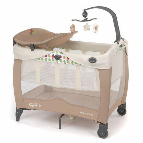 ★衛立兒生活館★GRACO Contour Electra Vibe 舒適嬰幼兒電動安撫遊戲床-繽紛蘋果點