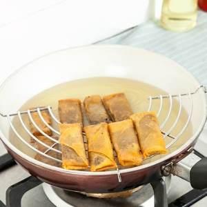 美麗大街【BF558】半圓形不銹鋼瀝油架蒸架 廚房煎炸滴油架 防燙隔熱架蒸盤(小號)24cm
