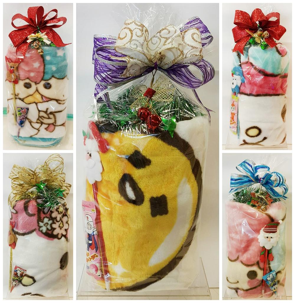 X射線 日本sanrio披毯限定聖誕糖果組,糖果襪/糖果罐/聖誕節/交換禮物/聖誕小禮物/禦寒/披毯/冷氣毯/毛毯/懶人毯/披肩/暖毯/保暖商品/披肩毯/絨毛毛毯
