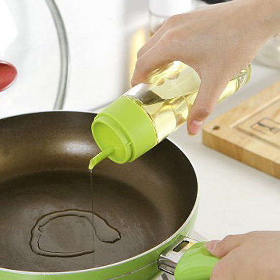 ?MY COLOR?帶蓋回油式玻璃壺 醬油 酒醋 液體 防漏 玻璃 調味 廚房 油瓶 料理【Q186-1】