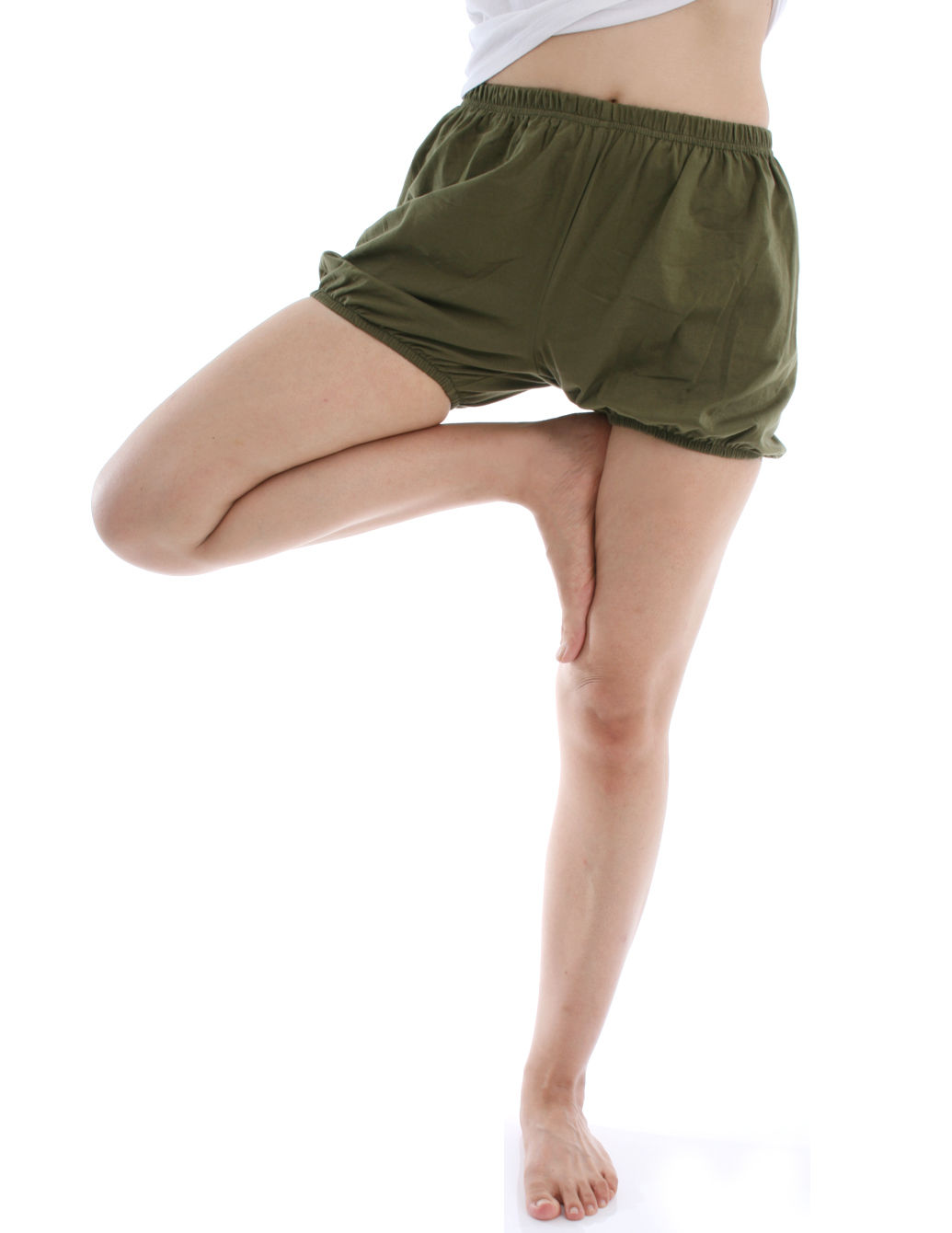 RTBU瑜珈褲~燈籠褲造型。軍綠