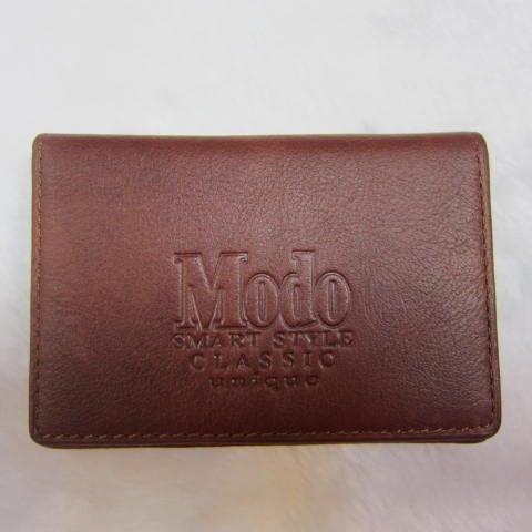 ~雪黛屋~Modo 名片夾 100%進口牛皮革 輕便易攜帶 可放30張名片 多張證件 99JL 咖