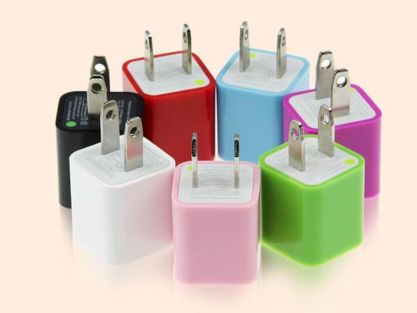 BO雜貨【SV6181】USB馬卡龍插頭 彩色插頭 充電頭 充電器 糖果色 電源充電頭 1A (隨機不挑色)