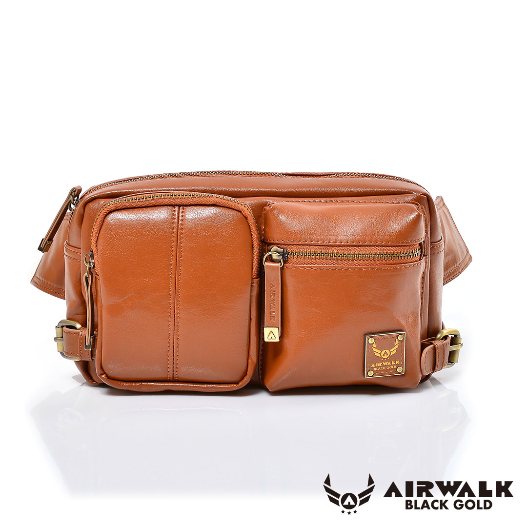 AIRWALK黑金系列-雅緻爵士雙口袋輕巧側肩包-棕(小)