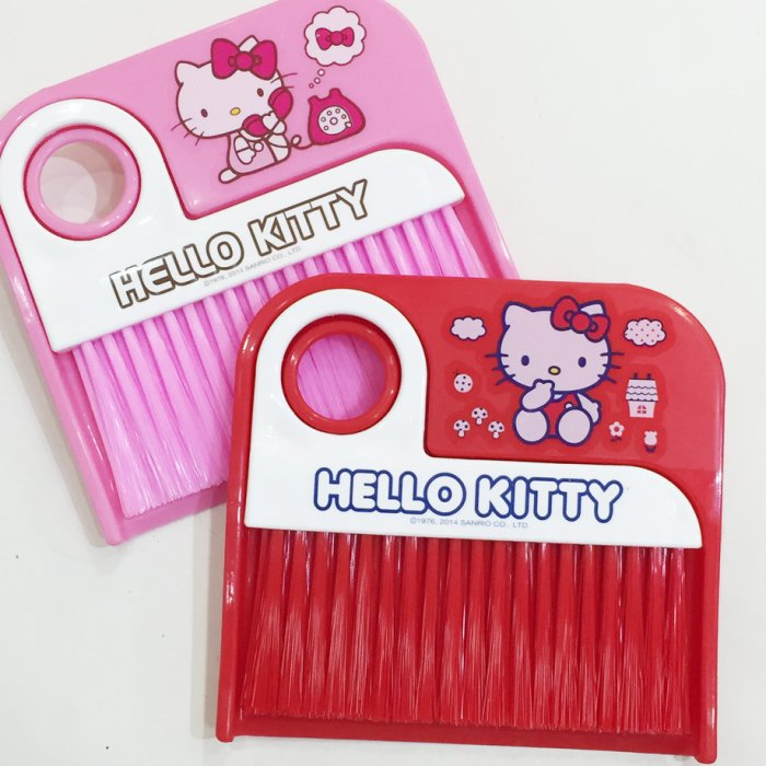 Hello Kitty 三麗鷗 輕便掃具組 兩色 小掃把 居家 正版韓國製造進口 限定販售 * JustGirl *