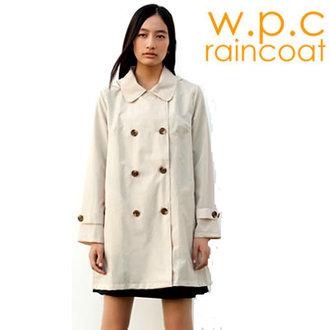 日本正版 【w.p.c.】卡其色雙排扣款。時尚雨衣/風衣