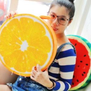 美麗大街【105032003A】KUSO搞怪造型水果 木頭 輪胎 蛋黃...坐墊抱枕