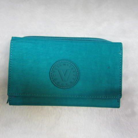 ~雪黛屋~Velamtino 中型女用休閒皮夾進口專櫃防水尼龍布暗釦型三折式大容量設計 A136-034 綠
