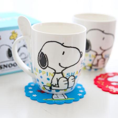 正版史奴比幸福馬克杯(附湯匙) 陶瓷杯 杯子 沖泡飲品 咖啡杯 Snoopy 史奴比【B060666】