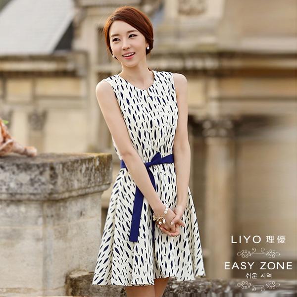 LIYO理優洋裝正韓水滴領印花撞色無袖洋裝-附腰帶4S6064
