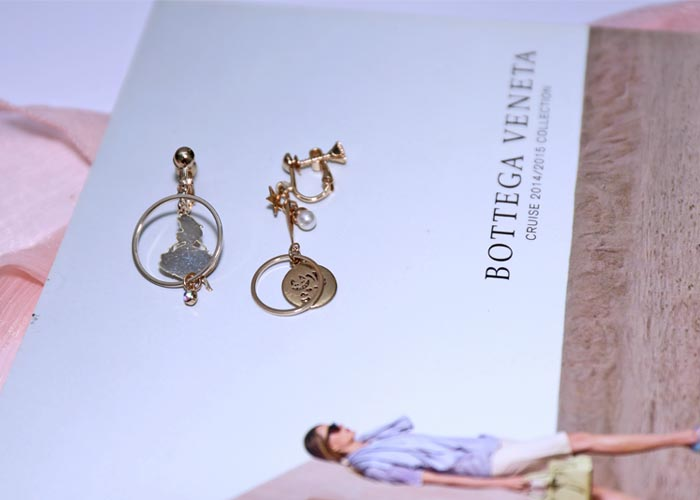 韓國耳環,夾式耳環,耳夾,螺旋夾耳環,愛麗絲夢遊仙境造型耳環,愛麗絲造型耳環,童趣耳環